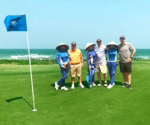 100 year-old US golfer shows his golf skills at the world's Top 100-awarded BRG Danang Golf Resort