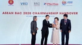Vietnam Officially Assumes ASEAN BAC Chairmanship 2020