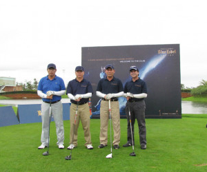 Doson Seaside Golf Resort organized Johnnie Walker - Blue Label Trophy 2012